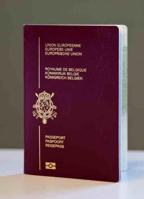Nos passeports bient t davantage s curis s regional it toute l 39 information sur les startups - A quoi ressemble une puce ...